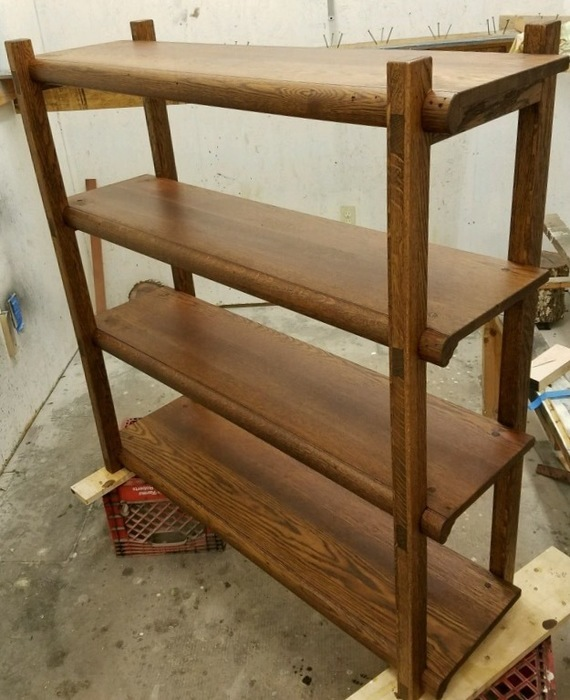 Large_strack_shelf